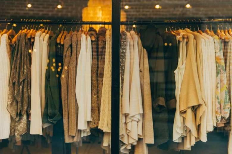 サブスクを使って服をレンタル・借りた人の実際の口コミ